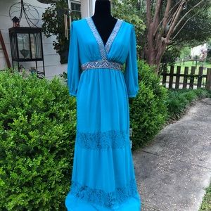 Dresses & Skirts - FLYING TOMATO BOHO DRESS size medium